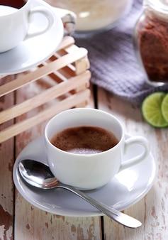Filiżanka espresso z łyżeczką