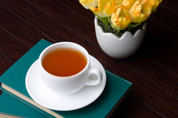 Filiżanka herbaty w koncepcji catering