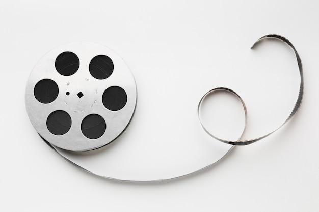 Filmu film na białym tle