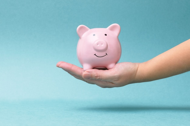 Finanse, ekonomia lub oszczędzanie pieniędzy, waluty