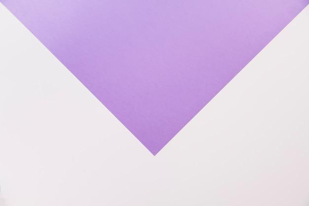 Fioletowy i biały geometryczny tło