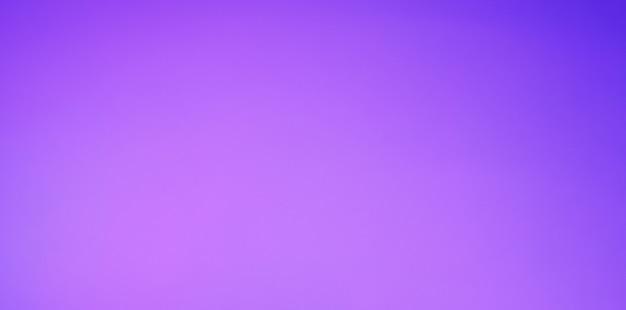 Fioletowy niebieski i jasnofioletowy kolor tła. streszczenie niewyraźne tło gradientowe. szablon transparentu