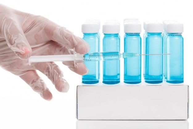 Fiolka ze szczepionką