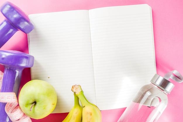 Fitness i zdrowe jedzenie na różowo