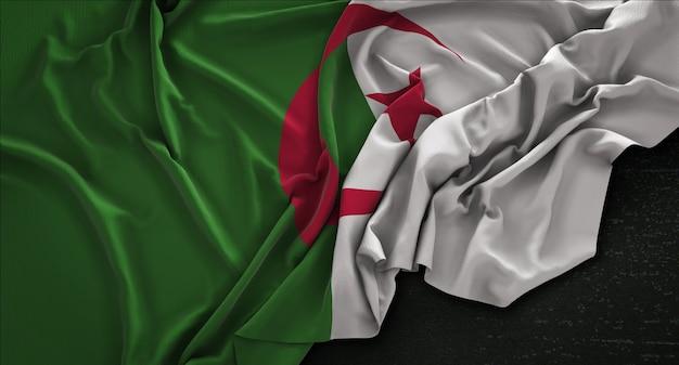 Flaga algierii pomarszczony na ciemnym tle renderowania 3d