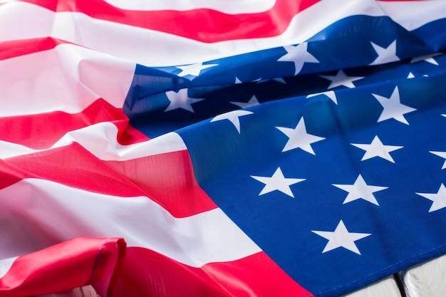 Flaga ameryki. transparent stany zjednoczone. wolność i dobrobyt. lepsza przyszłość dla każdego obywatela.