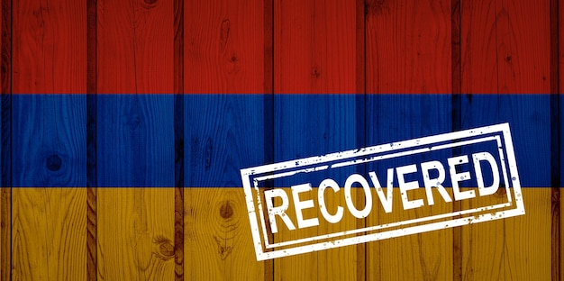 Flaga armenii, która przeżyła lub wyzdrowiała z infekcji epidemii koronawirusa lub koronawirusa. flaga grunge z pieczęcią odzyskane
