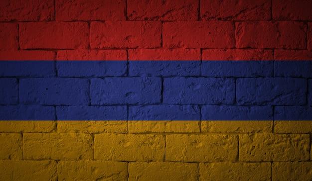 Flaga armenii na tle ściany grunge. oryginalne proporcje