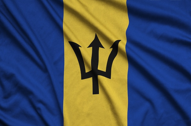 Flaga barbadosu z wieloma zakładkami.