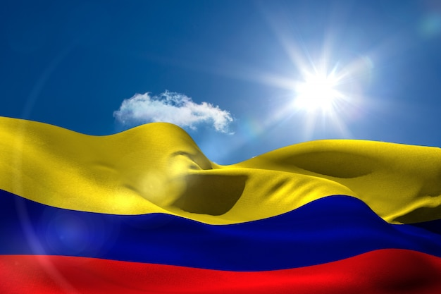 Flaga kolumbii pod słoneczne niebo
