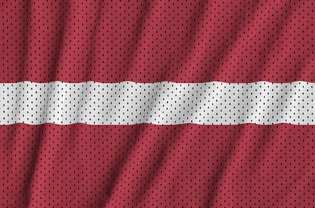 Flaga łotwy nadrukowana na nylonowej siatce z tkaniny sportowej