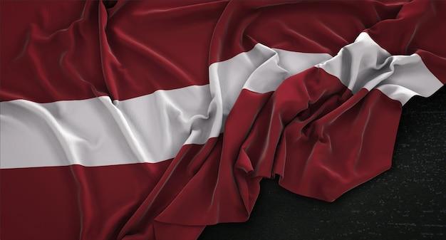 Flaga łotwy zgnieciony na ciemnym tle renderowania 3d