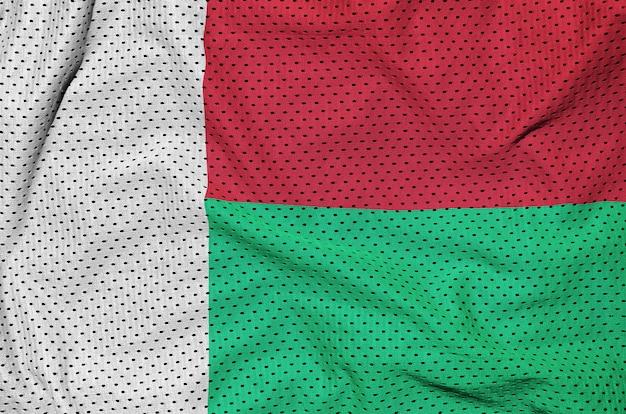 Flaga madagaskaru nadrukowana na nylonowej siatce odzieży sportowej z poliestru