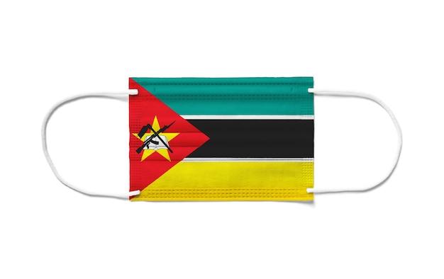 Flaga mozambiku na jednorazowej masce chirurgicznej.