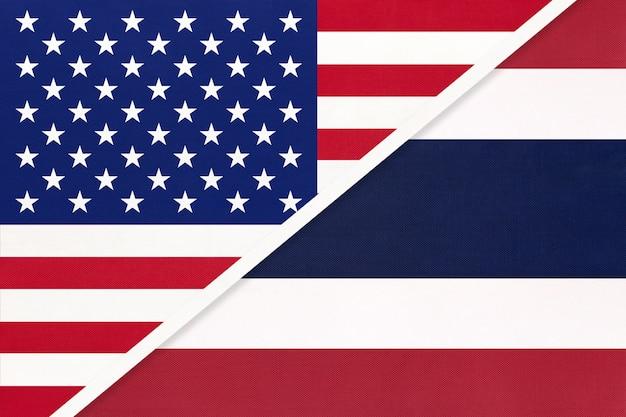 Flaga narodowa usa vs królestwa tajlandii z tekstyliów.
