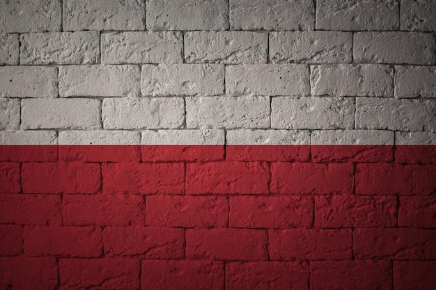 Flaga o oryginalnych proporcjach. zbliżenie grunge flaga polski