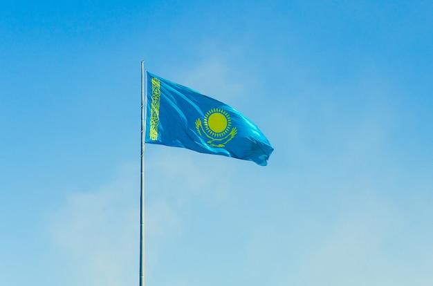 Flaga republiki kazachstanu