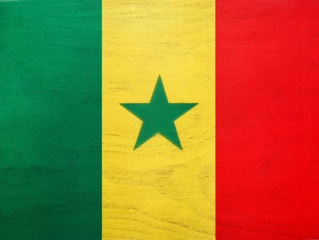 Flaga senegalu. piękna kartka z pozdrowieniami. ścieśniać