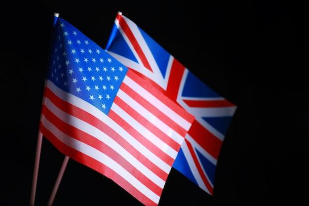 Flaga stanów zjednoczonych ameryki i federacji rosyjskiej sankcje nałożone na politykę