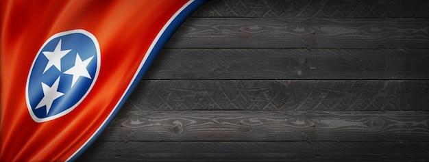 Flaga tennessee na banerze ściennym z czarnego drewna, usa. ilustracja 3d