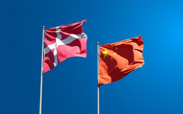 Flagi państwowe danii i chin razem
