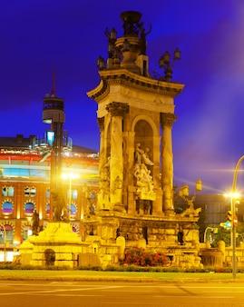 Fontain na placu hiszpanii w barcelonie