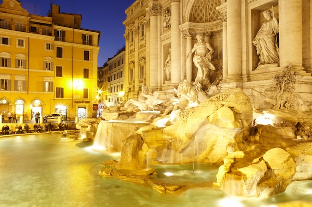 Fontana di trevi, rzym