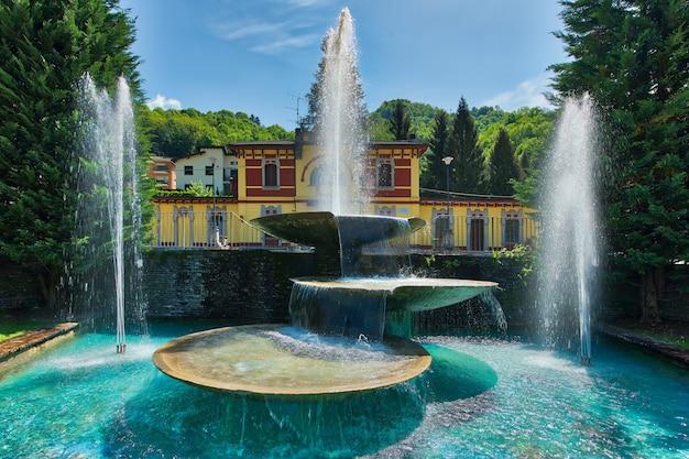 Fontanny san pellegrino terme miejsc turystycznych w północnych włoszech