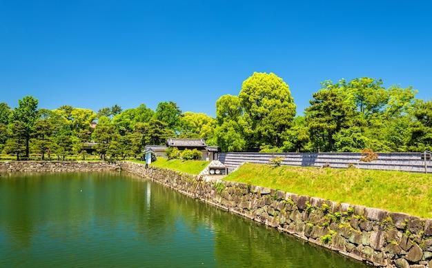 Fosa zamku nijo w kioto, japonia