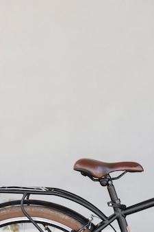 Fotel rowerowy z bliska z miejscem na kopię