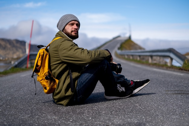 Fotograf podróżnika piękna góra