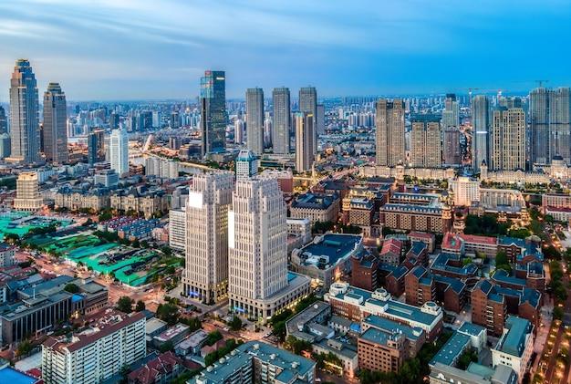 Fotografia lotnicza miejskiego krajobrazu architektonicznego tianjin