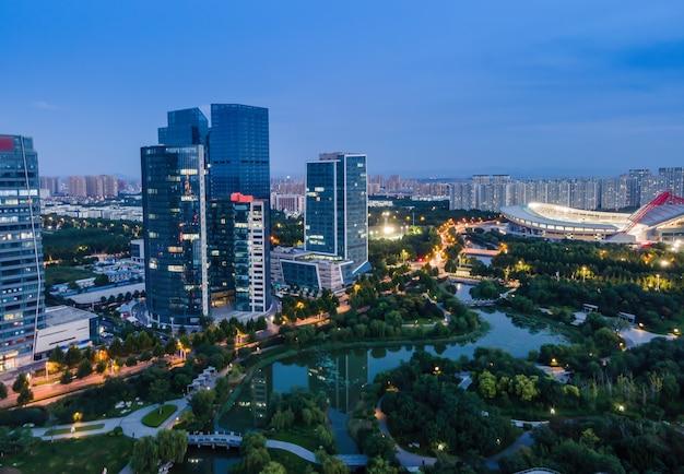 Fotografia lotnicza nowoczesnego miejskiego krajobrazu architektonicznego w zibo, chiny