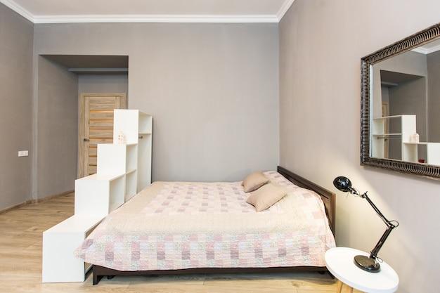 Fotografia wnętrz, nowoczesna sypialnia z tv