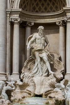 Fragment fontanny di trevi w rzymie, włochy