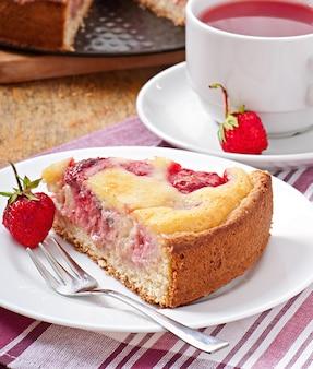 Francuskie ciasto z truskawkami