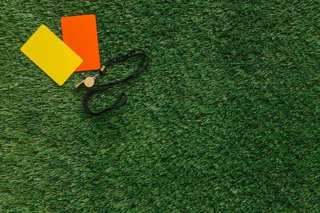 Futbolowy tło z kartami i copyspace