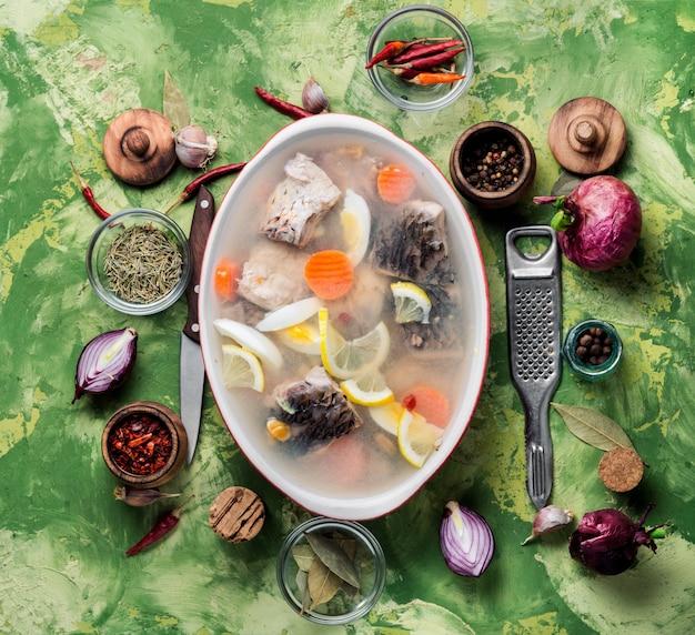Galaretka z ryb i warzyw
