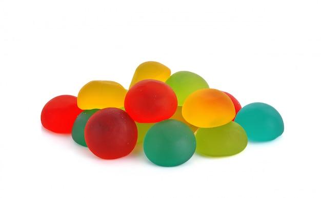 Galaretki słodkie cukierki cukierków na białym tle