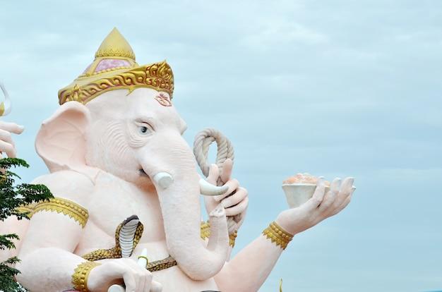 Ganesha statua w tajlandia