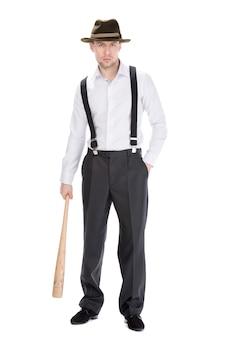 Gangster z kijem bejsbolowym odizolowywającym na bielu.