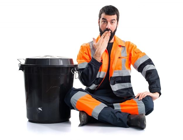 Garbage man robi gest niespodzianka