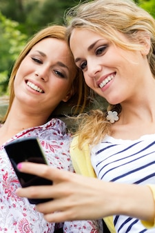 Gente rubia belleza femenino pareja