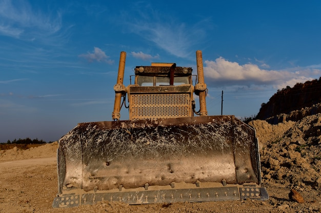 Geologia przemysł budowlany koparka spychacz