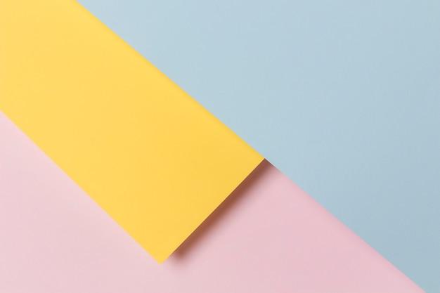 Geometryczny kształt szafki