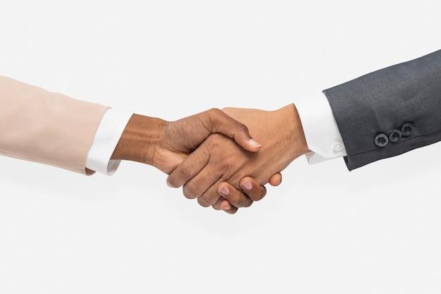 Gest ręki do uścisku dłoni umowy biznesowej