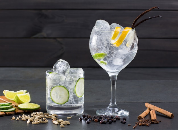 Gin tonic koktajl