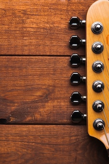 Gitara z bliska głowy