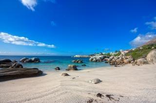 Głazy beach beauty hdr