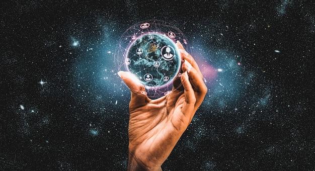 Globalne połączenie sieciowe obejmujące ziemię z ogniwem innowacyjnej percepcji